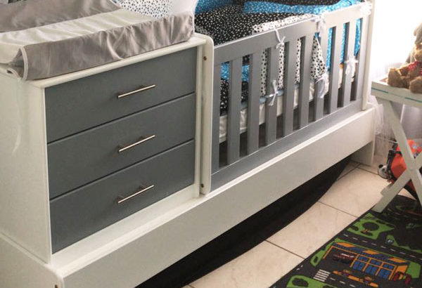 Convertible Baby Room Set Excellent Quality Great Price WAS R6400.00 NOW R5900.00 SAVE R500.00